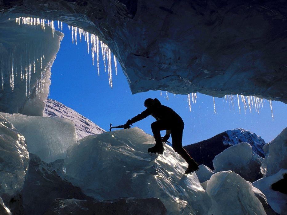 climbing ice mountains wallpaper