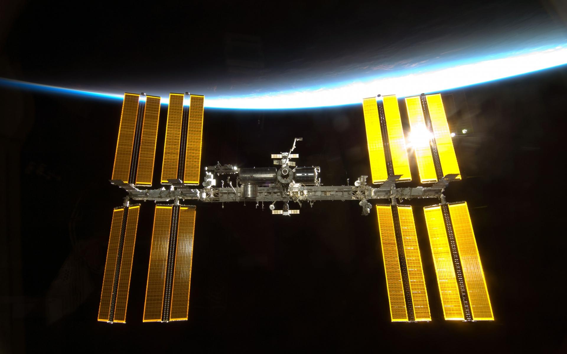 satellite sci fi nasa - photo #25