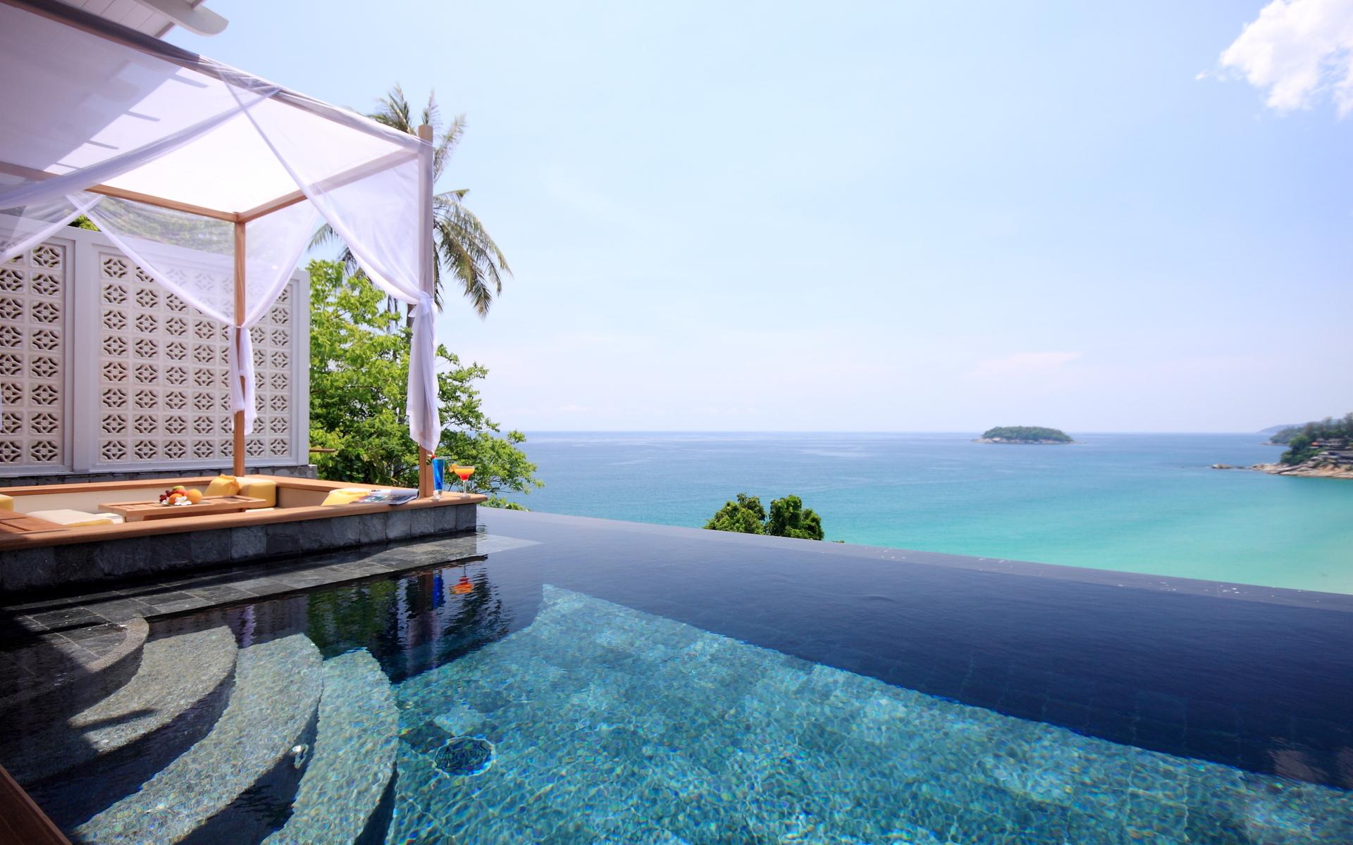 Tropical Vacation Relax Mood Bokeh Pool Reflection Ocean