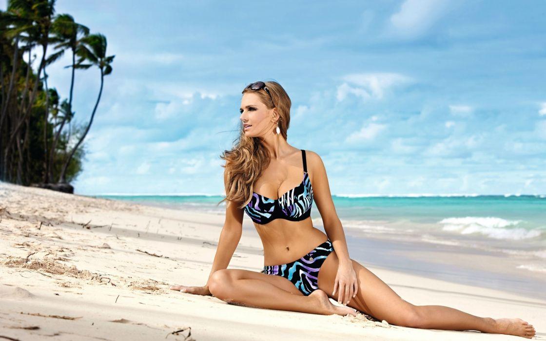 Ewelina Olczak women model fashion bikini blonde sexy babes beach wallpaper
