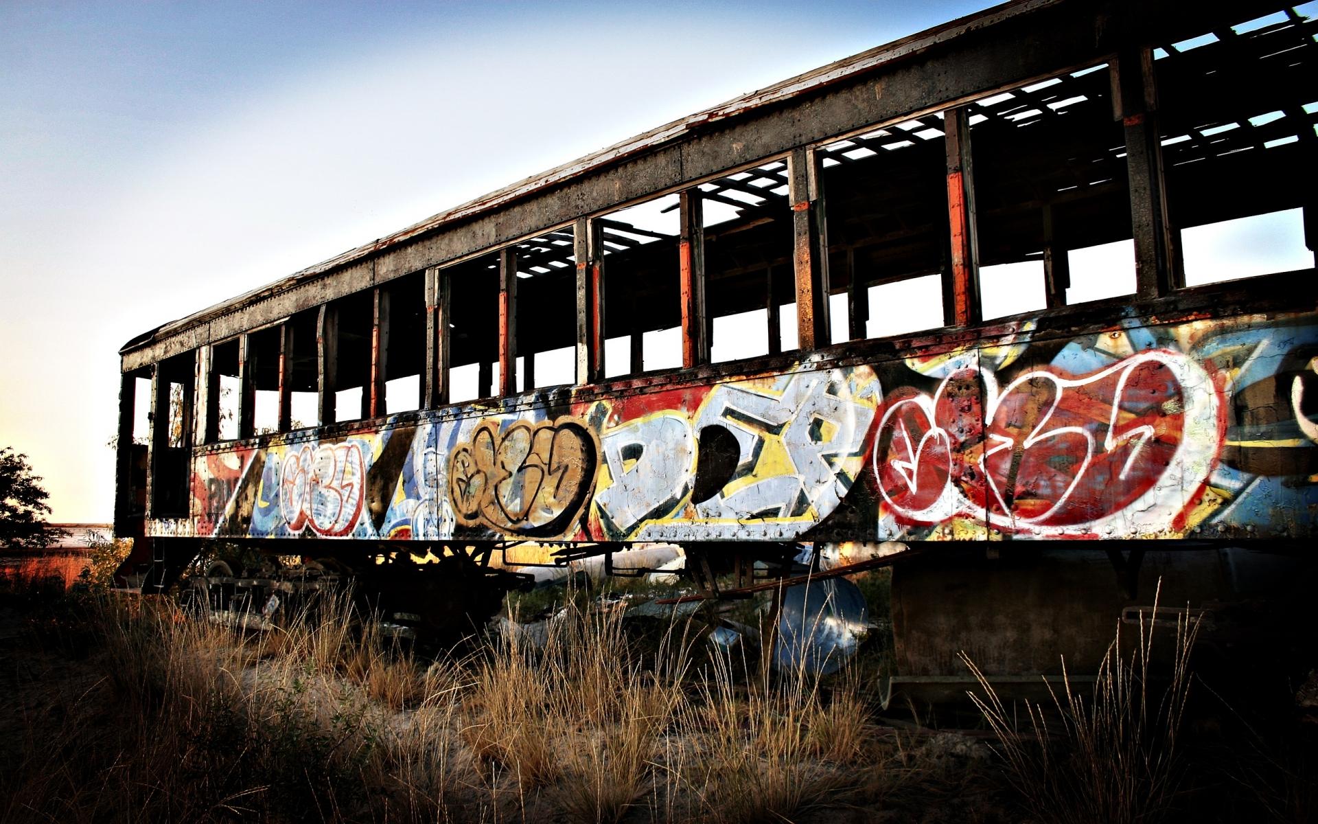 Decay ruin wreck urban art graffiti mood wallpaper ...