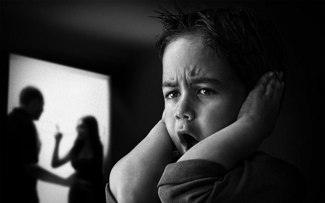 1920x1200 Fighting Monochrome Stop Children Mood Scared