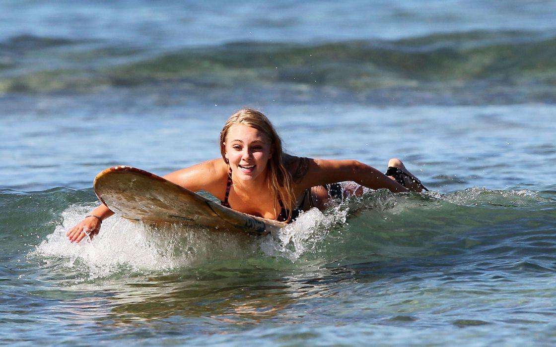 annasophia robb blondes women beach actress celebrity surfboards surfers soul surfer 2560x1600 wa Hot Girls Celebrities HD Wallpape wallpaper