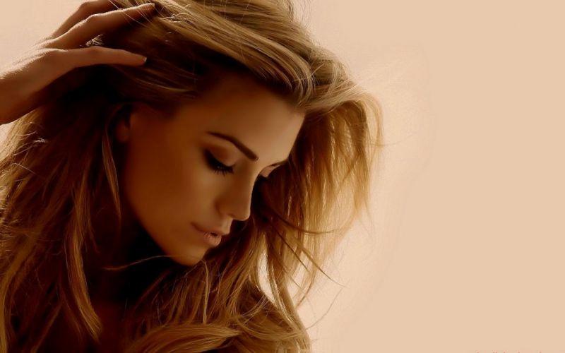 Elle Liberachi wome model fashion glamor brunettes face sexy babes wallpaper