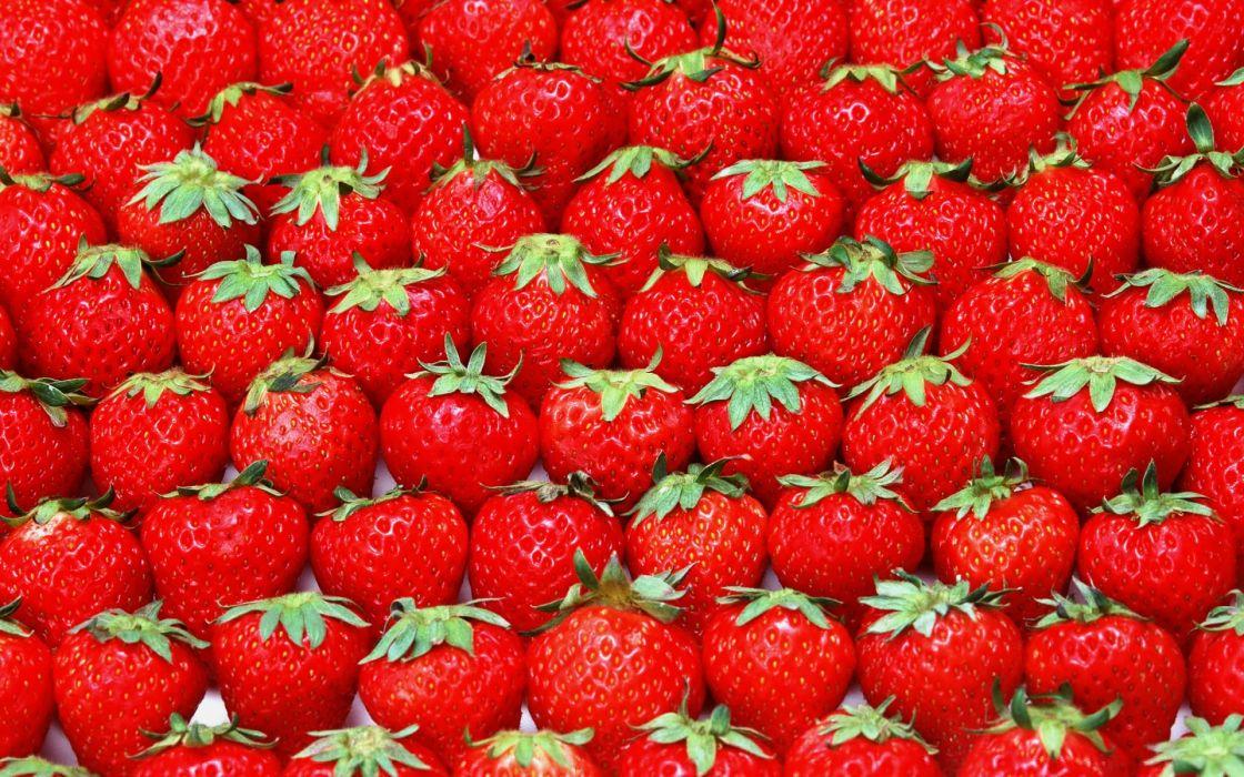 red strawberries wallpaper