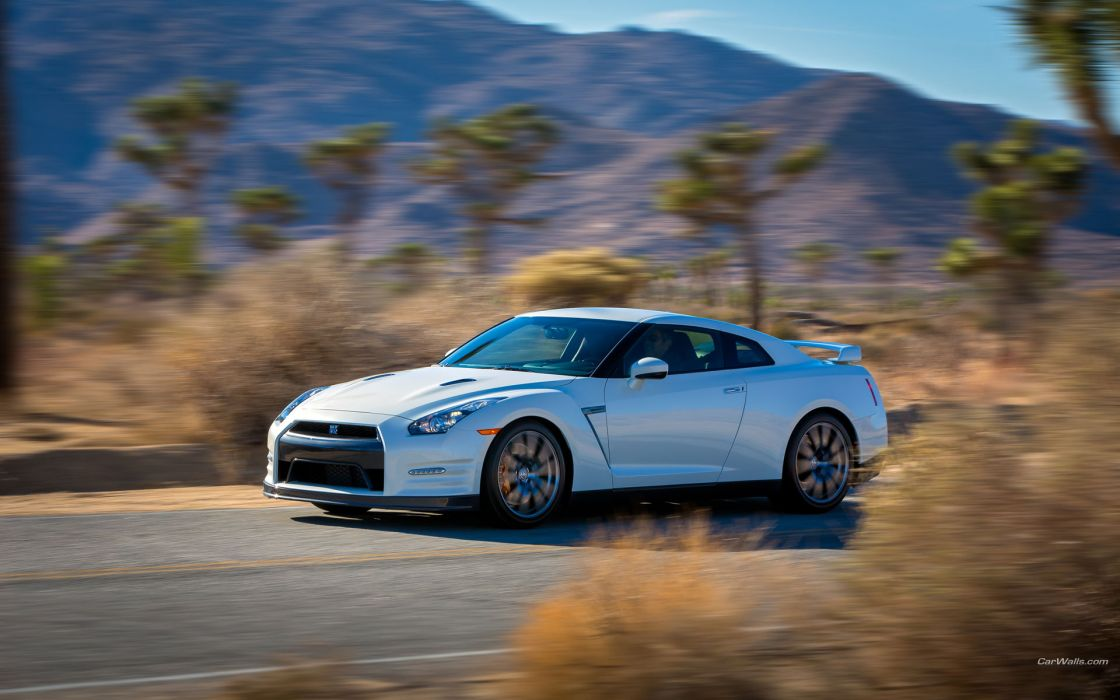 2014 Nissan GT-R supercars wallpaper