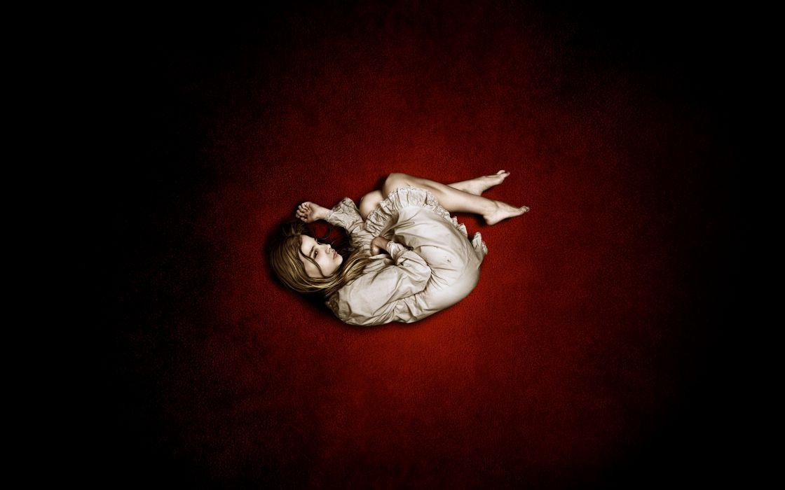 Let Me In dark horror girl evil wallpaper