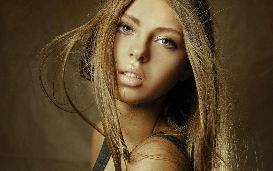 women model fashion sexy babes blondes face eyes lips pov wallpaper