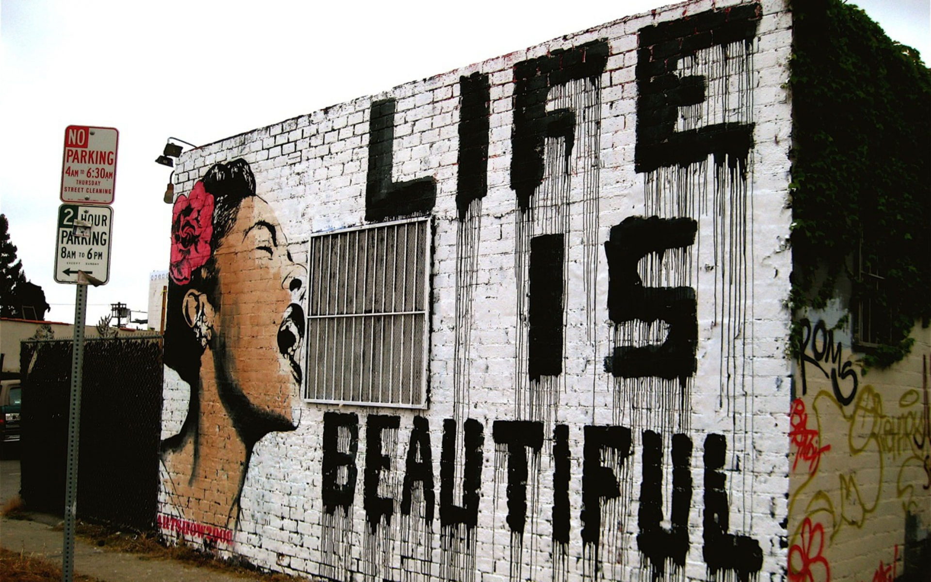 urban art graffiti mood happy motivational inspiration women statement quote buildings paint. Black Bedroom Furniture Sets. Home Design Ideas