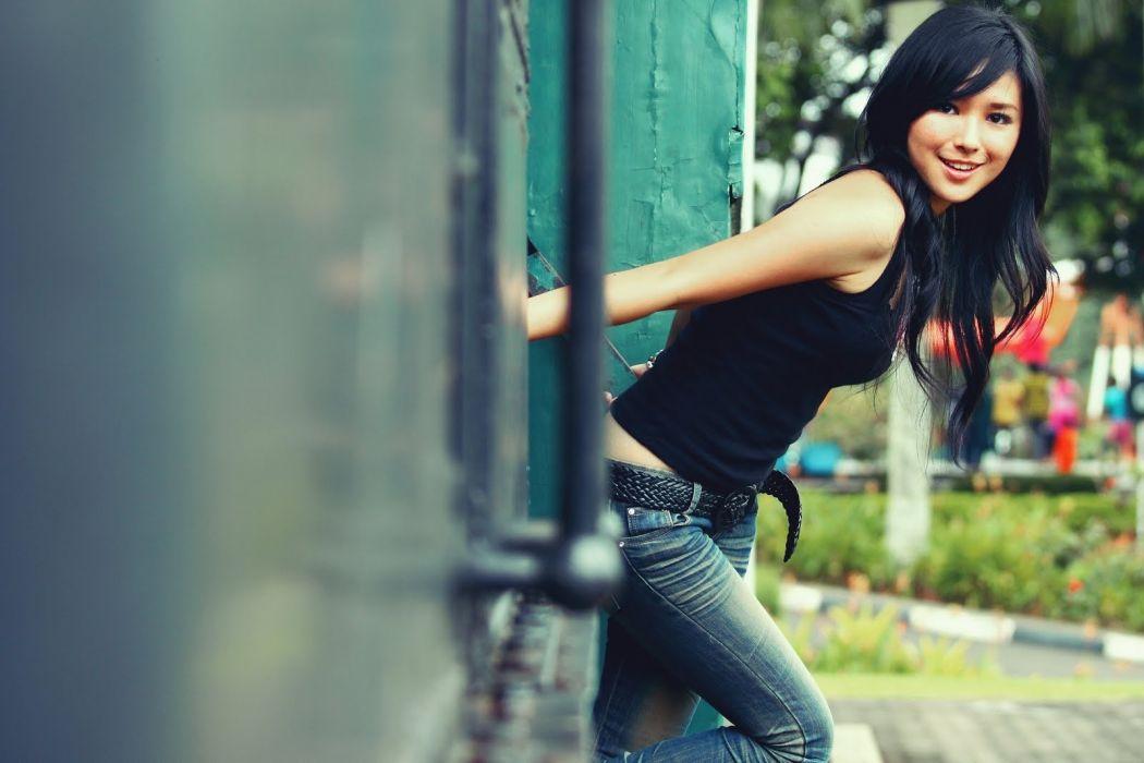 asian oriental women model brunettes babes train situation wallpaper