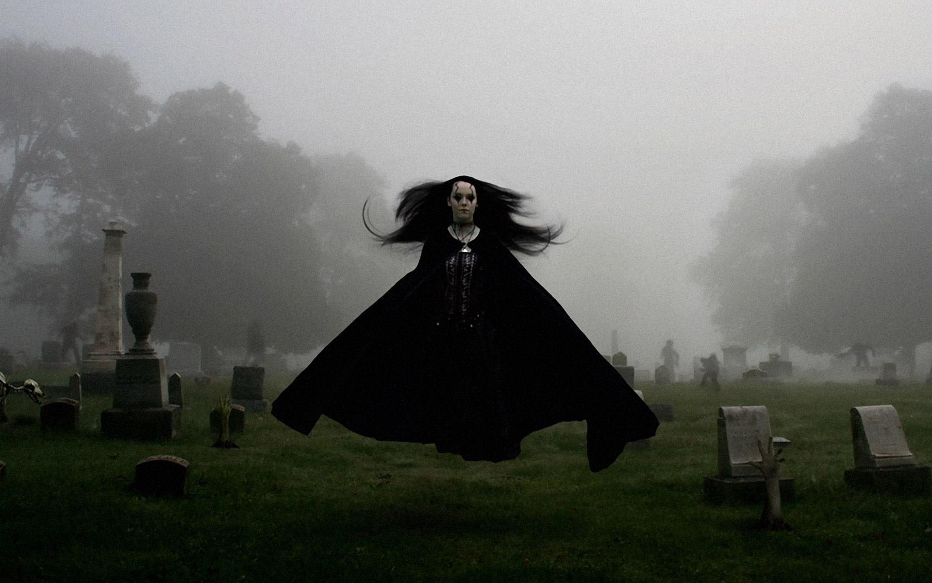 dark horror gothic ghost scary creepy spooky women girl