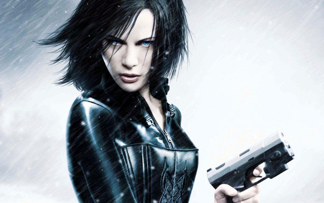 Underworld Awakening Kate Beckinsale dark horror vampires women actress weapons handguns pistol face pov wallpaper