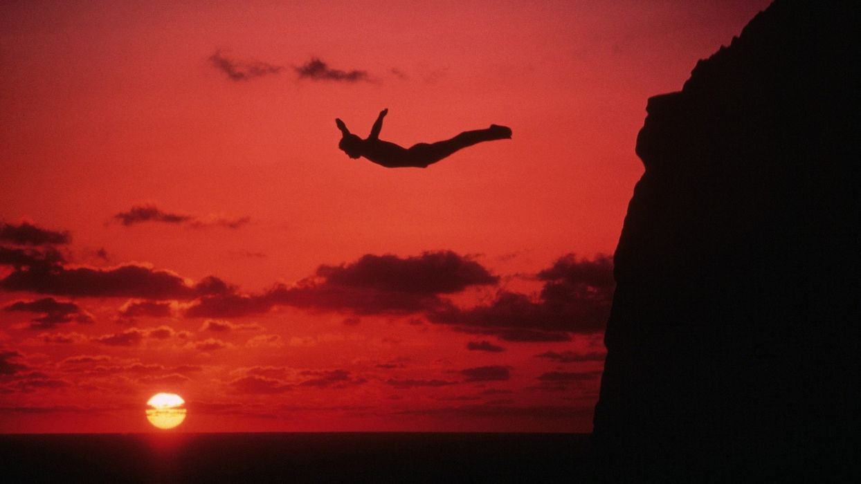cliffdiving cliff diving people extreme ocean sea sunset sunrise sky clouds mood wallpaper