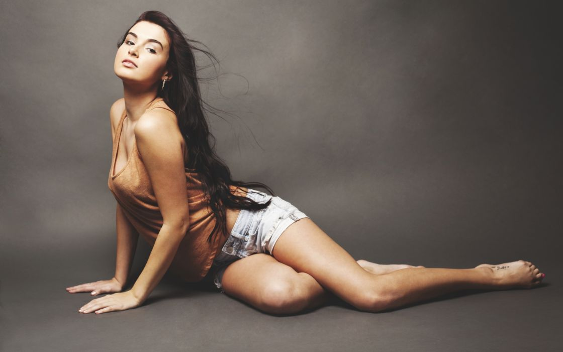 Alicia Blackard women fashion models brunettes sexy babes wallpaper