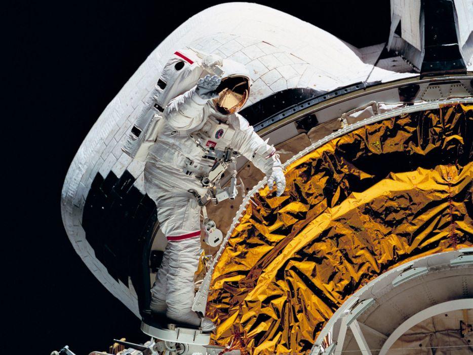 space astronaut nasa wallpaper