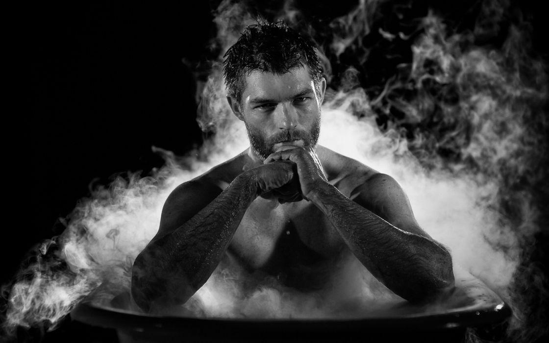LIAM McINTYRE Spartacus actor bath men males sexy handsome hunk wallpaper