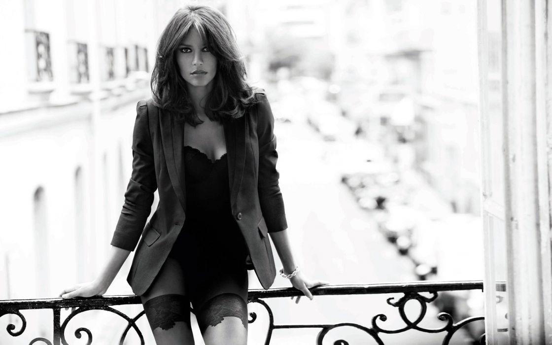 Emanuela De Paula brunette women sexy babes model fashion wallpaper