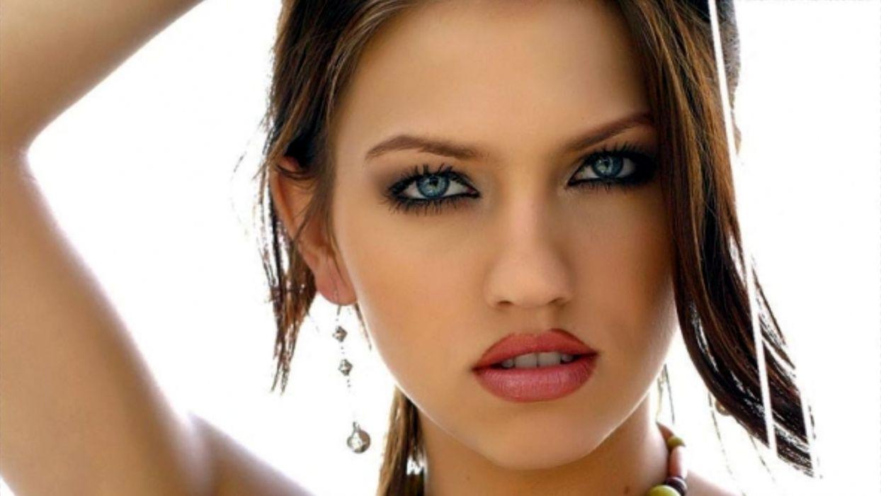 Eufrat women female girl model adult sexy babe face eyes pov wallpaper
