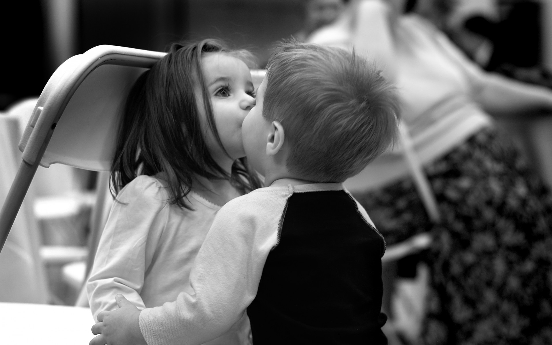 Love Wallpapers With Kiss : Love friends mood children kids black white bw kiss cute wallpaper 1920x1200 35563 WallpaperUP