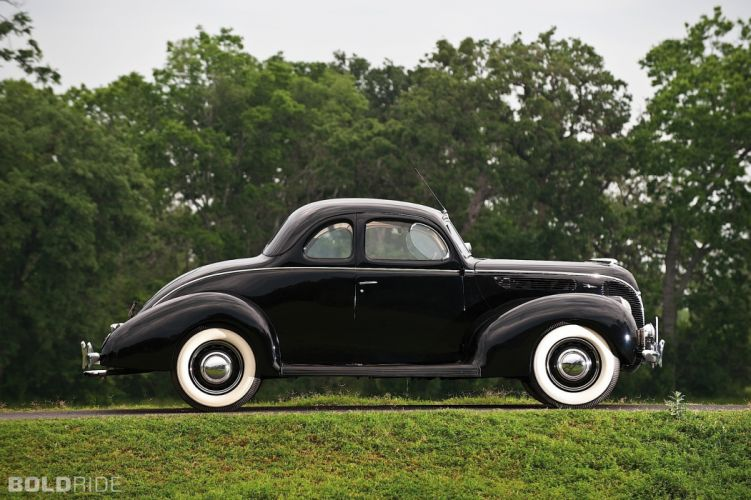1938 Ford Deluxe Coupe wallpaper