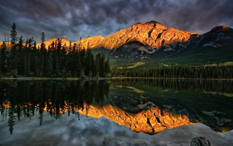 reflection mountains wallpaper