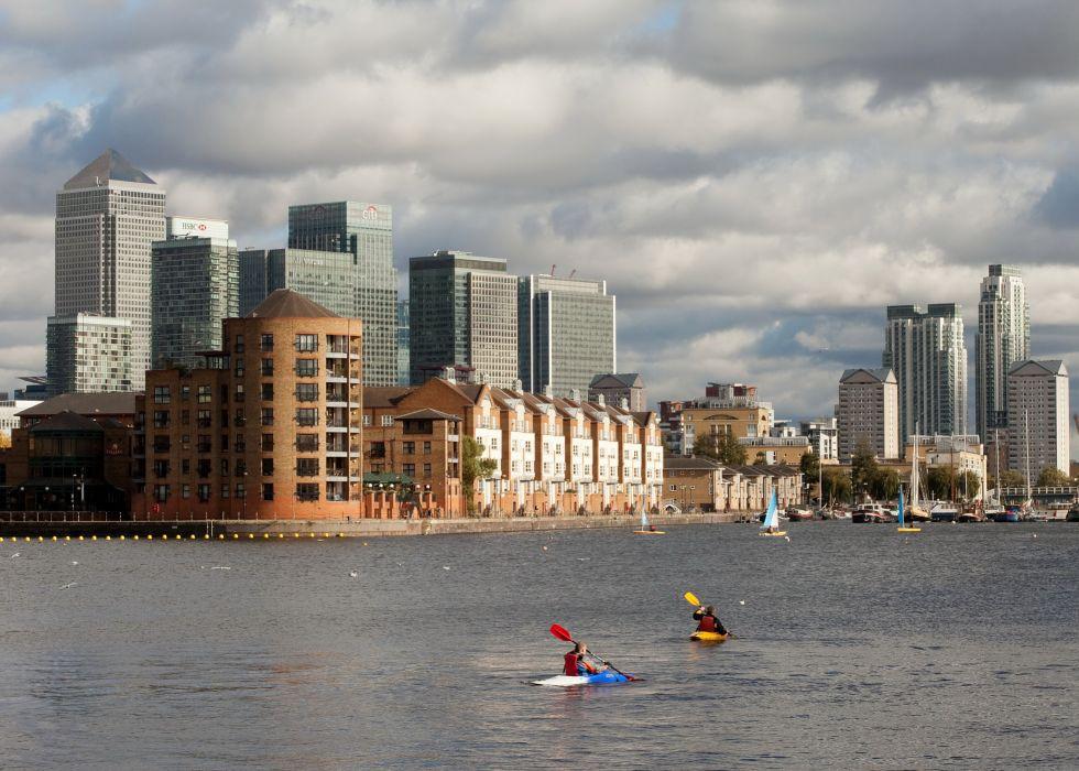 United Kingdom Rivers Sky Houses London Clouds wallpaper