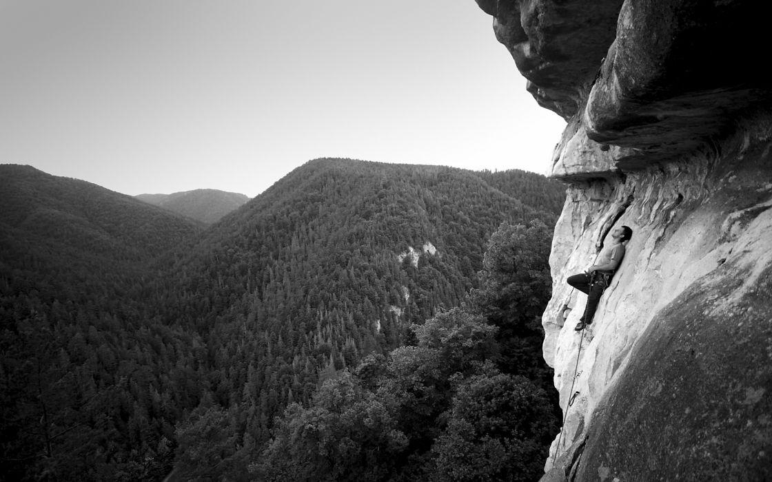 climbing mountain wallpaper