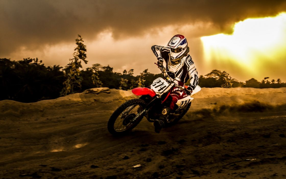motorcycle racing sports motocross dirt storm rain sky clouds sunset bike motorbike wallpaper