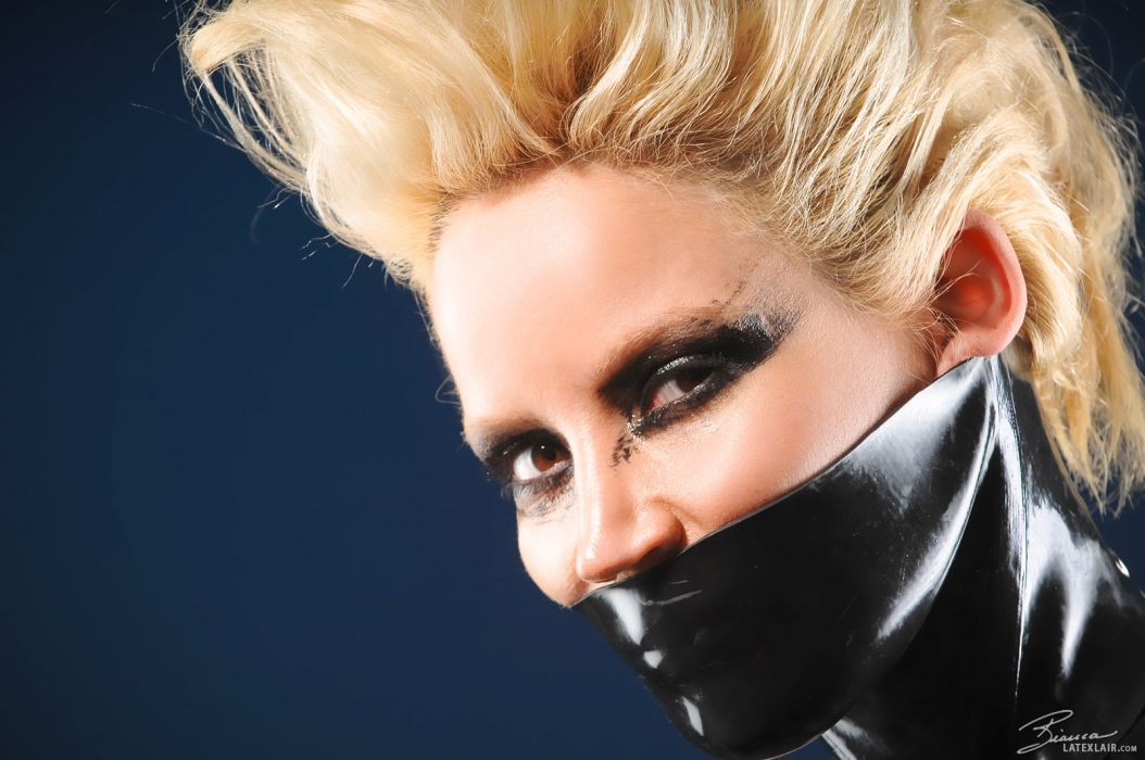 Bianca Beauchamp fetish latex mask face pov women models blondes sexy babes eyes wallpaper