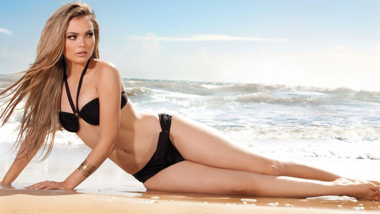Bikini hot model wallpaper