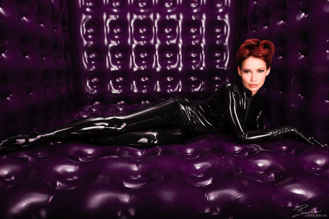 Bianca Beauchamp fetish latex women models redhead sexy babes purple face pov wallpaper