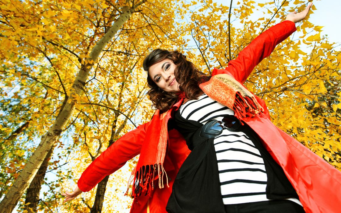 autumn fall trees women fashion brunettes sexy babes face pov wallpaper