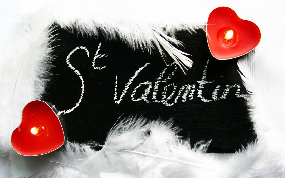 Valentine's Day candle light heart feathers wallpaper