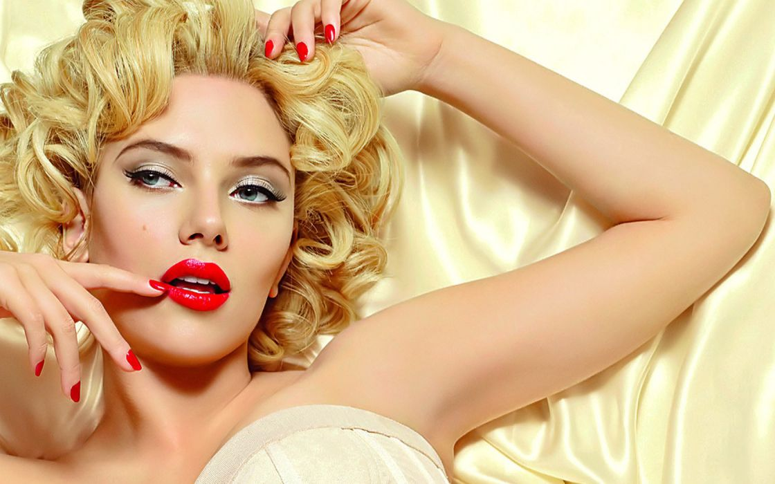 Scarlett Johansson actress women models blondes sexy babes face eyes lips gesture wallpaper