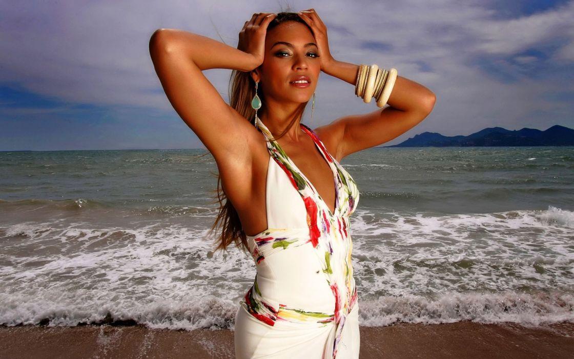 Beyonce music babes beach wallpaper