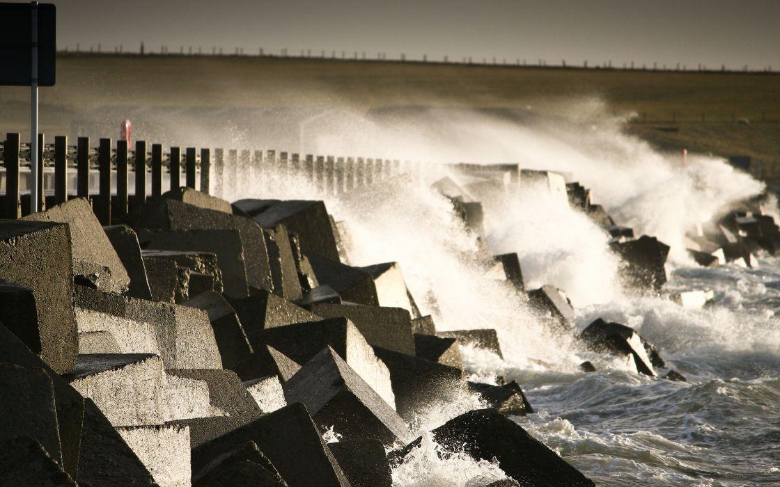 nature ocean sea lakes waves storm splash spray drops coast shore stone rock wallpaper