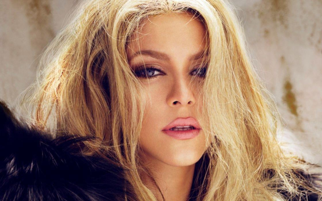 shakira celebrity singer women blondes sexy babes face eyes pov wallpaper
