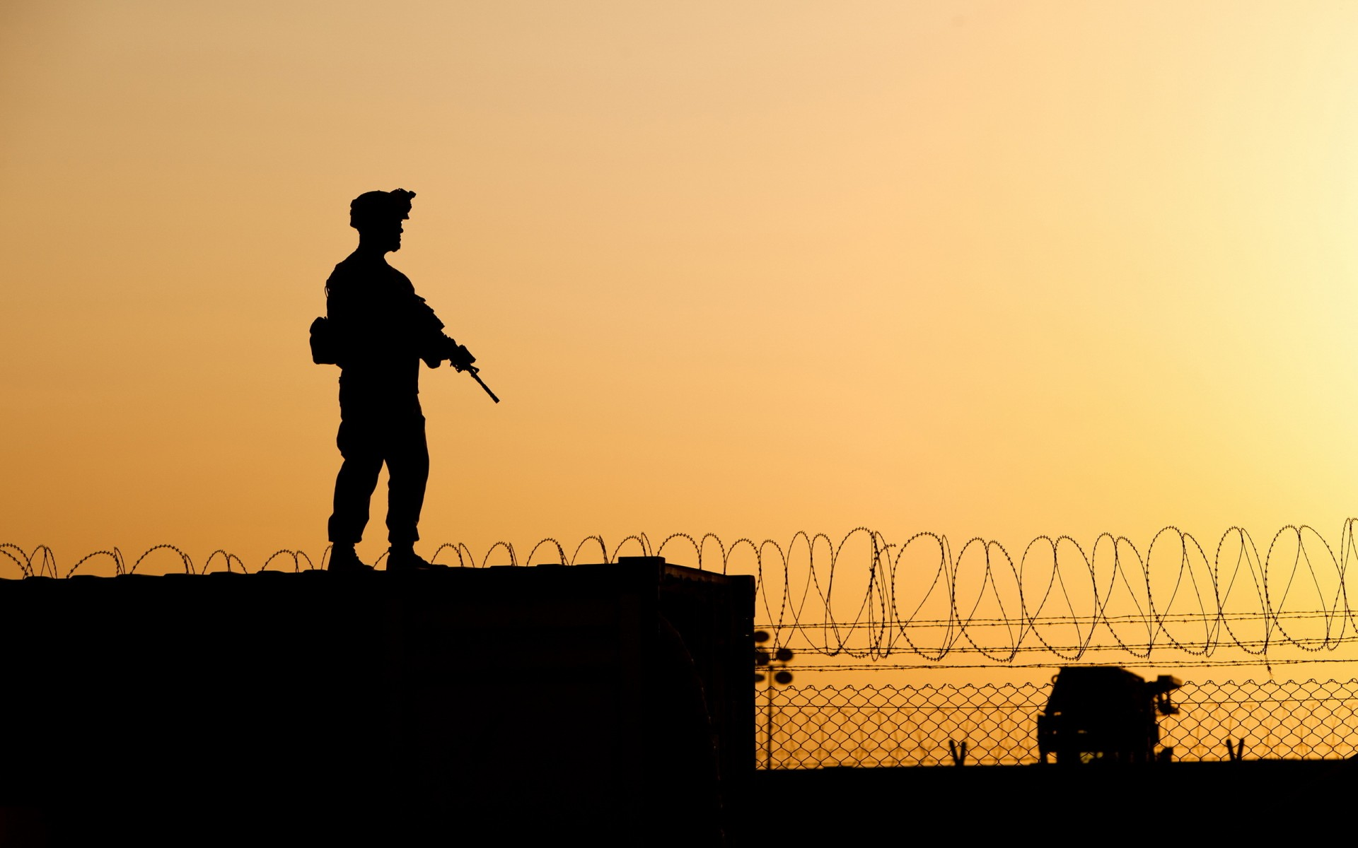 Silhouette Mood Military War Warriors Soldiers Weapons Guns Assault