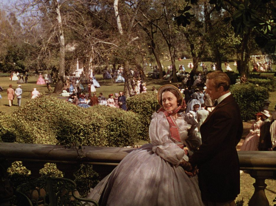 Gone With The Wind movies classic retro actors actress parks love romance mood emotion people crowd trees wallpaper