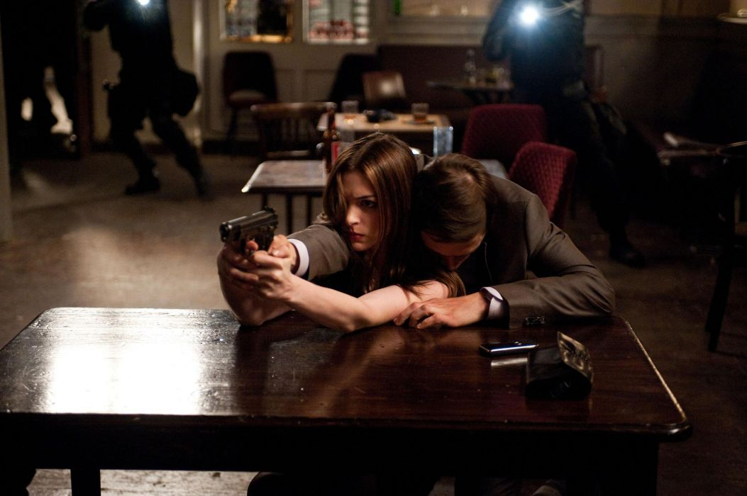 The Dark Knight Rise sAnne Hathaway Burn Gorman weapons guns pistol handguns actor actress wome female men males wallpaper