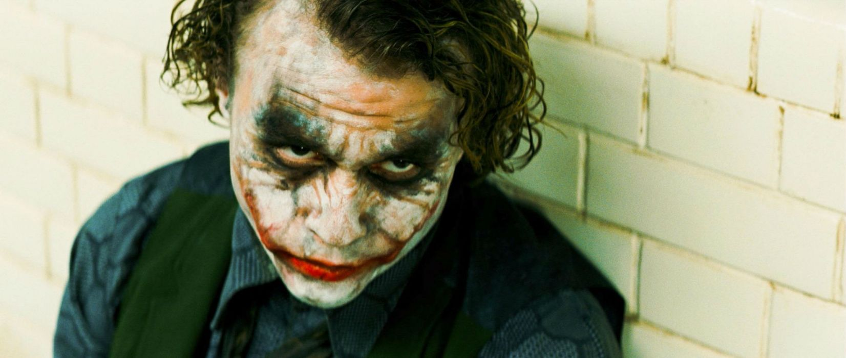 The Dark Knight comics batman joker    r wallpaper