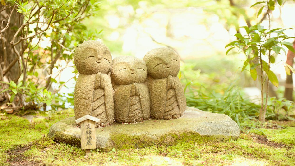 buddha statue garden moss stone leaves religion zen mood prayer wallpaper