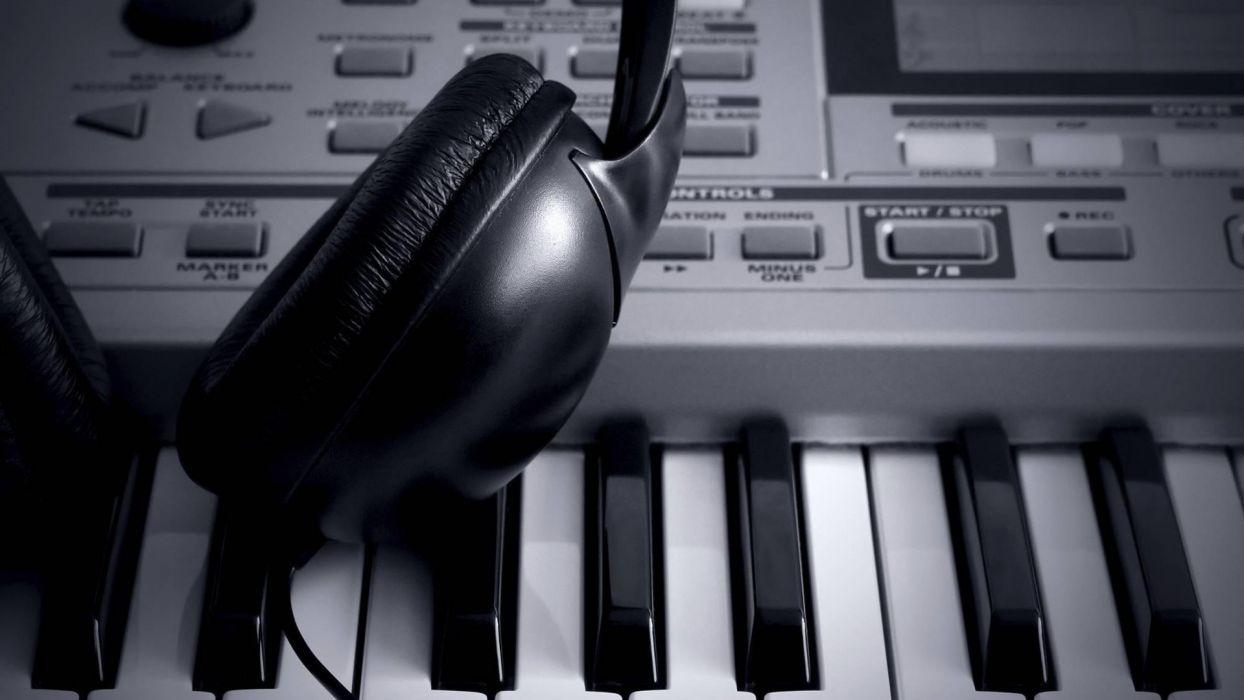 DJ headphones synthesizer mixer keyboard piano music tech wallpaper