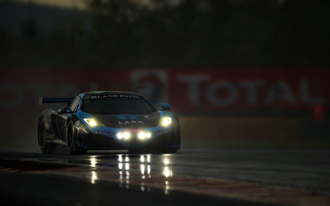 mclaren mp4-12c supercar racing rain storm roads track race lights headlights night wallpaper