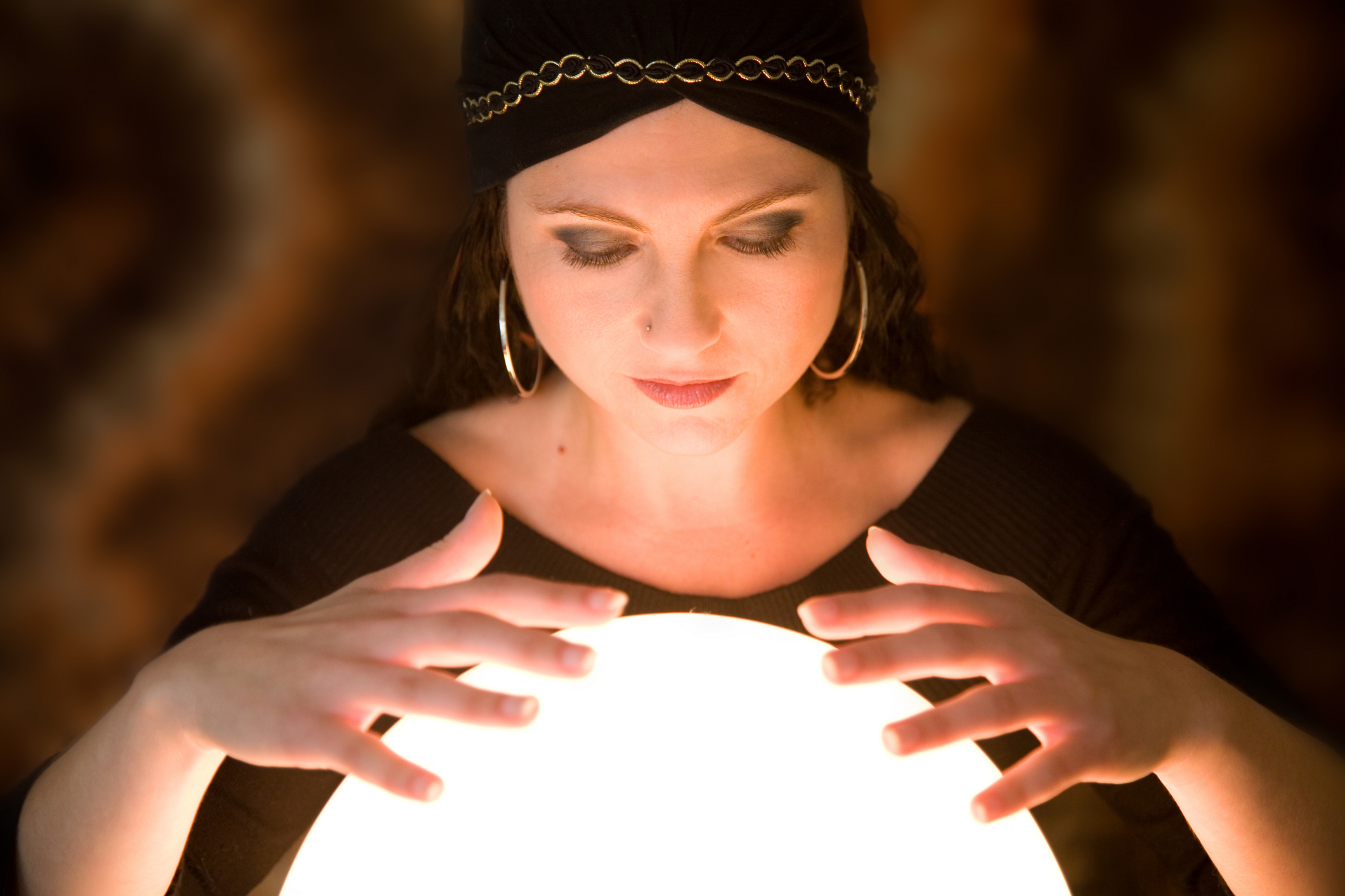 Occult witch fortune teller crystal ball light glow women ... Crystal Ball Fortune Teller