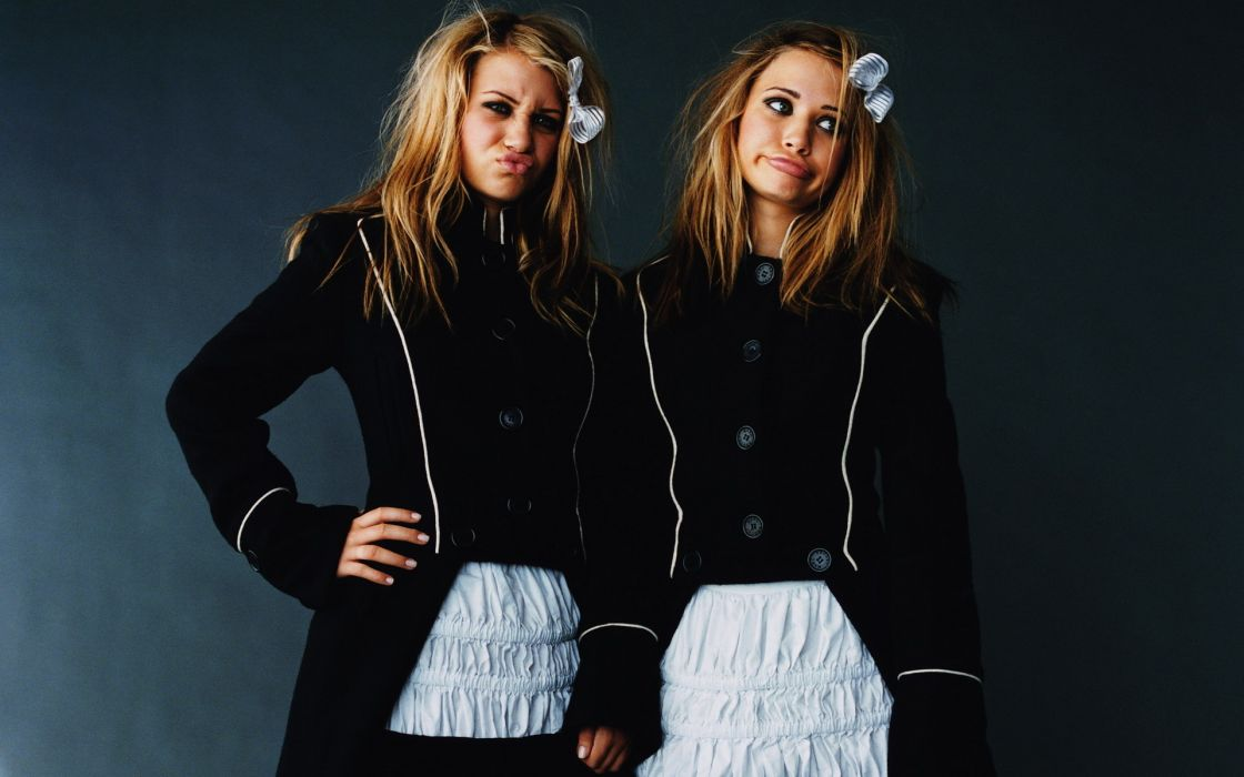 Mary-Kate Olsen and Ashley Fuller Olsen twins actress fashion women models blondes sexy babes humor funny pov face females celebrity wallpaper