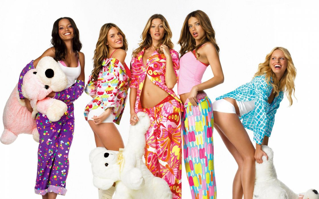 Victoria's Secret Pajama Party women fashion glamour models brunettes blondes sexy babes toys teddy bears wallpaper