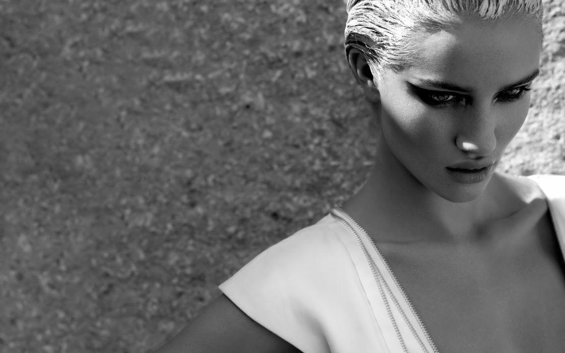Rosie Huntington Whiteley women females fashion models glamour blondes sexy babes       f wallpaper