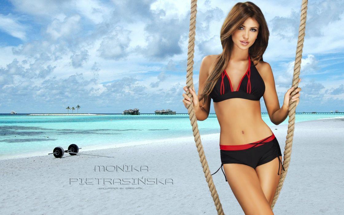 Monika Pietrasinska women females brunettes glamour fashion models sexy babes faces eyes pov         d wallpaper