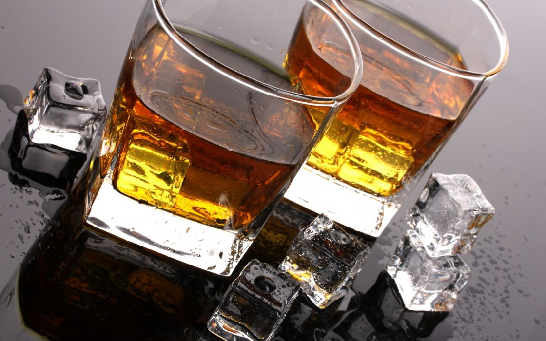 whiskey ice cubes drops table drink glasses tumblers alcohol wallpaper